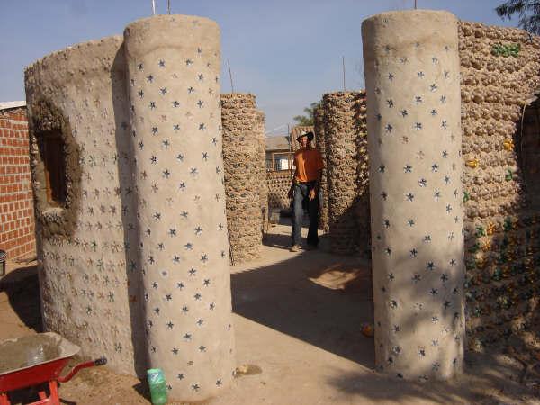 Plastic Bottles As House Insulation Bagsbegone Com