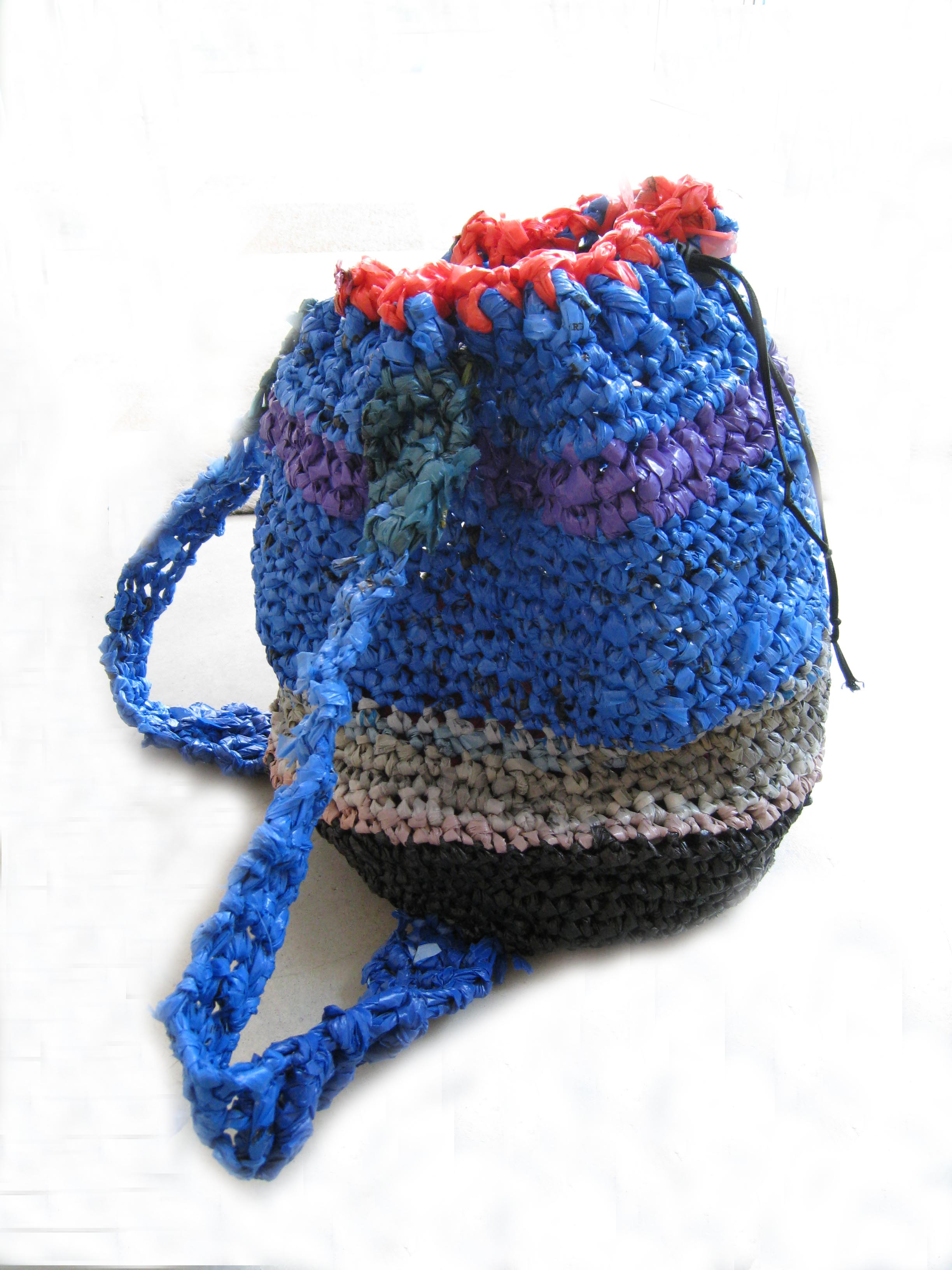 plastic-bag-crochet-backpack-10.jpg